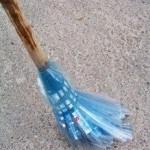 Пластиковый веник
