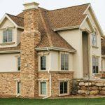 Выбор фасада: искусственные или натуральные материалы?