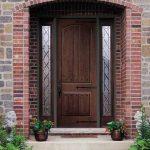 Выбор входных дверей для дачи или загородного дома