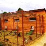 Строим сарай для птицы и скота